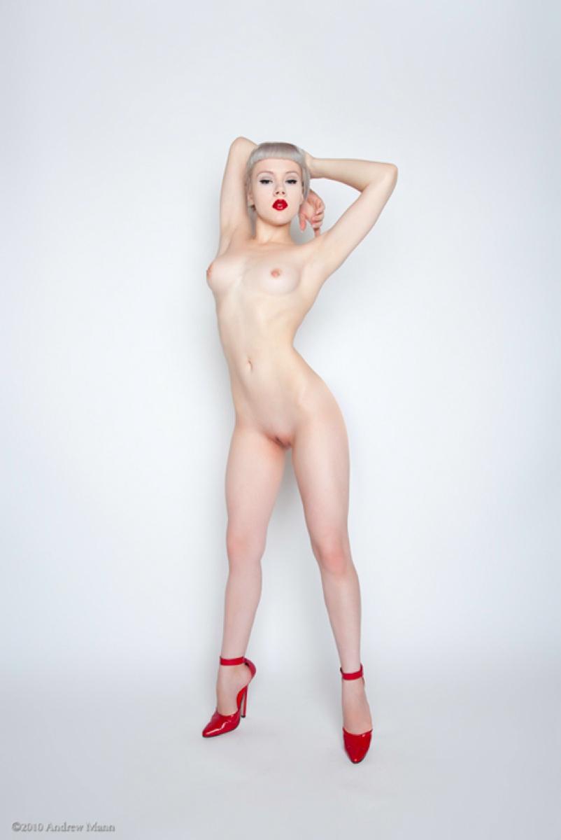 Miss American Nude 27